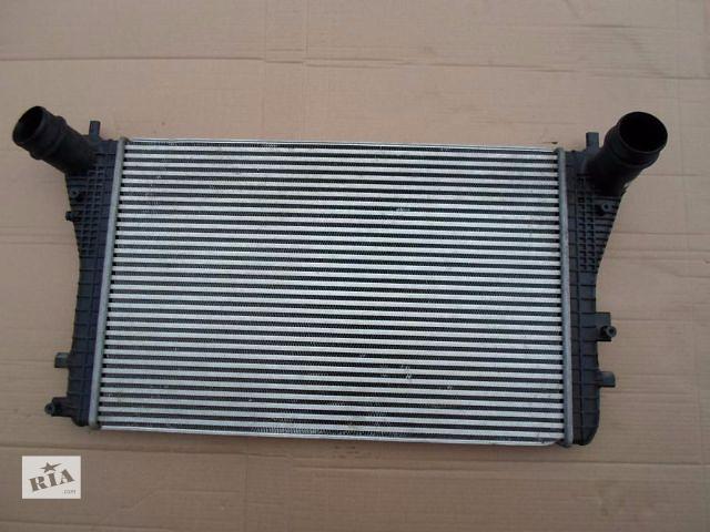 бу Б/у радиатор интеркуллера для легкового авто Volkswagen Passat B7  в Луцке