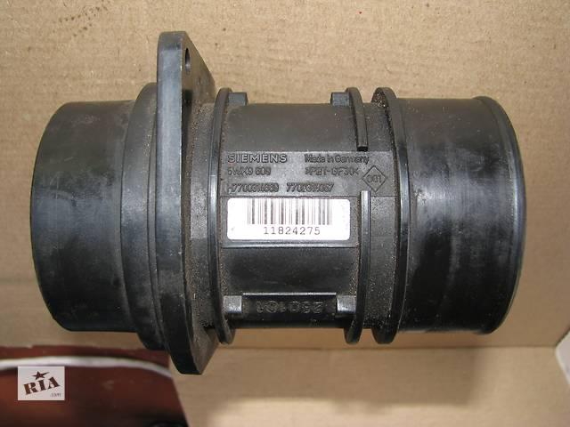 продам Б/у расходомер воздуха Renault Master 2.2/2.5 2004 бу в Броварах