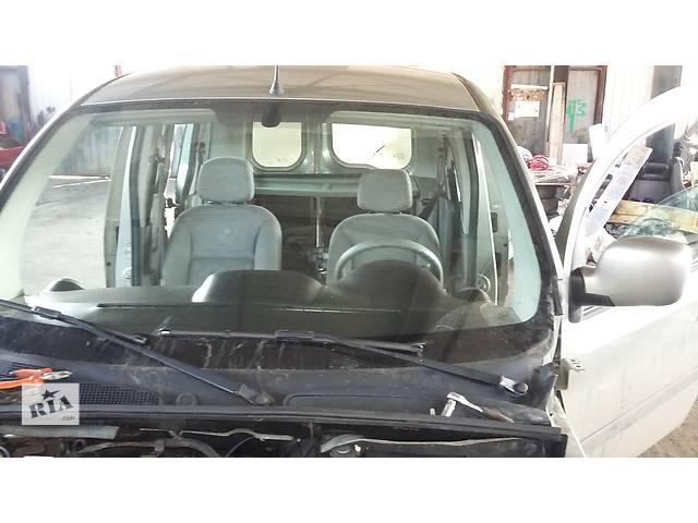 Б/у Решётка под лобовое Решітка пластик під лобове Renault Kangoo Кенго 1,5 DCI К9К 2008-2012- объявление о продаже  в Рожище