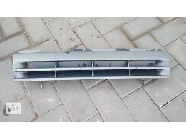 бу Б/у решётка радиатора для легкового авто Opel Vectra A в Умани