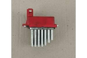 Б/у резистор печки для Audi A3  98-03
