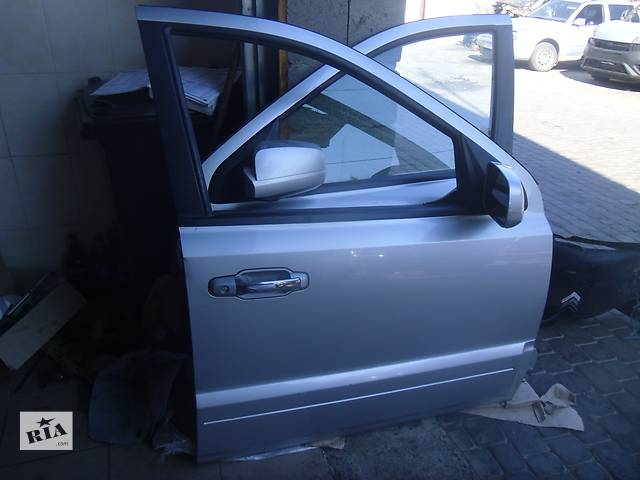 купить бу Б/у стекло двери передней правой для легкового авто Kia Sorento 2008 в Коломые