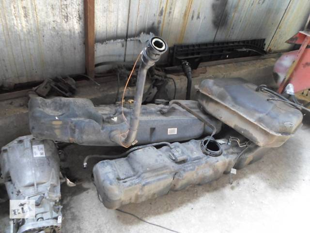 бу Б/у Топливный бак Volkswagen Crafter Фольксваген Крафтер 2.5 TDI 2006-2010 в Рожище