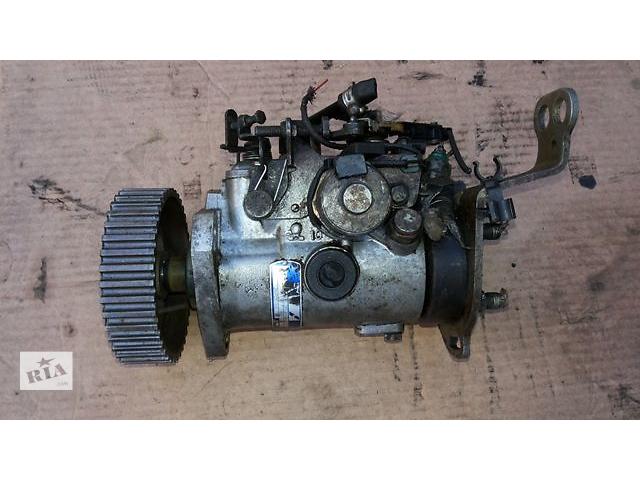 купить бу Б/у топливный насос высокого давления Renault 19  I,II 88-96г 1.9D lucas в Ровно