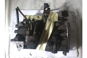 б/у Топливные насосы высокого давления/трубки/шестерни Mercedes T1