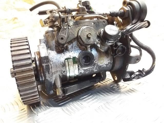 продам Б/у топливный насос высокого давления/трубки/шест для легкового авто Volkswagen Polo бу в Луцке
