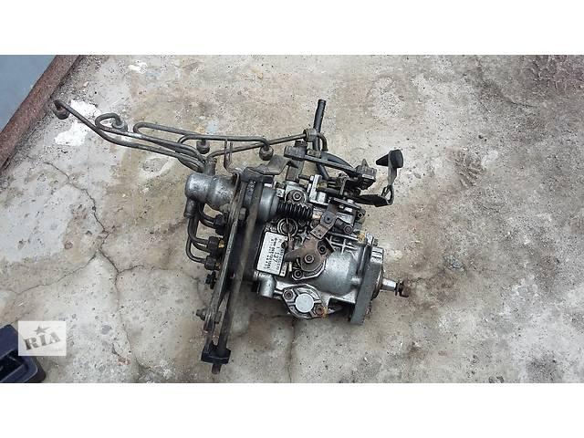 купить бу Б/у топливный насос высокого давления/трубки/шест для седана Audi 100 в Чернигове