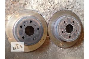 Б/у тормозной диск для седана Toyota Camry