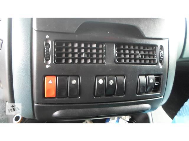 Б/у Торпеда, кнопки ДАФ DAF XF95 380 Евро3 2003г- объявление о продаже  в Рожище