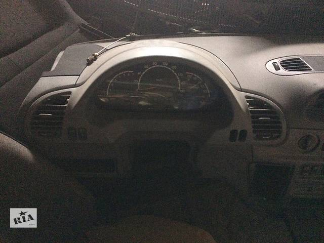 продам Б/у торпедо/накладка для микроавтобуса Mercedes Sprinter бу в Умани