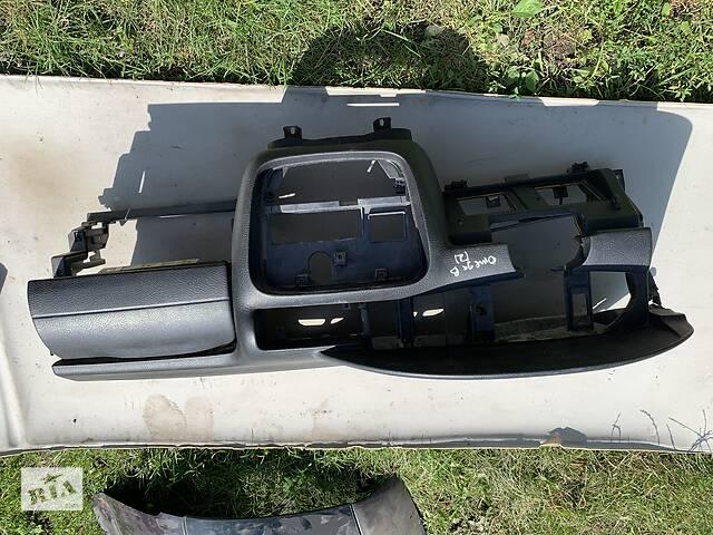 продам Б/у торпедо/накладка для Opel Omega B (2) бу в Бучаче