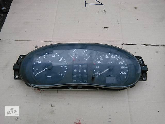 купить бу Б/у центральная консоль для легкового авто Renault Kangoo в Ровно