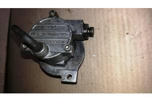 Б/у вакуумный насос для Opel Astra F 1.7TD  94-98