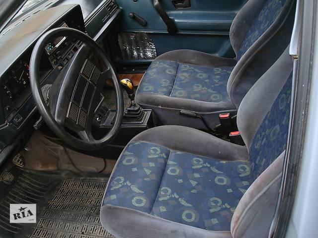 купить бу Б/у внутренние компоненты кузова для хэтчбека Volkswagen Passat B2 в Львове