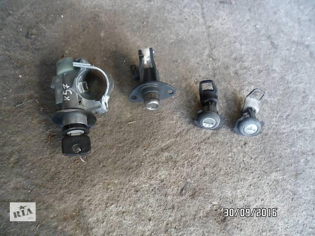 купить бу Б/у замок двери/замок зажигания для легкового авто Opel Kadett в Умани