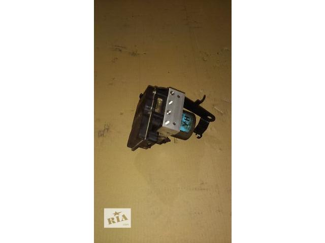 купить бу Б/у блок управления abs для легкового авто Hyundai Sonata New 2012 в Дубраве (Житомирской обл.)