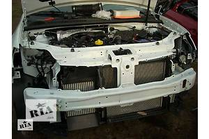 б/у Кронштейны бамперов Renault Logan