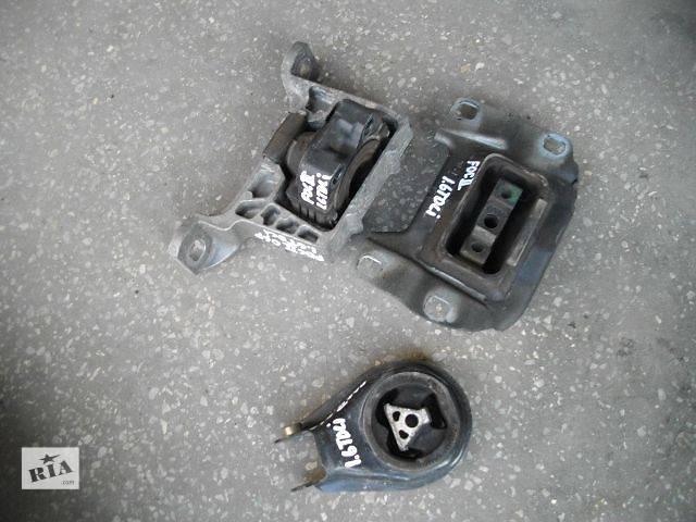 продам б/у Детали двигателя Подушка мотора Легковой Ford Focus бу в Львове