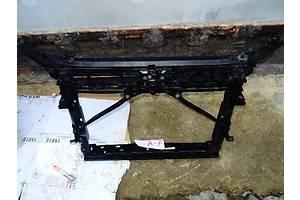 б/у Кронштейны крепления радиатора Skoda Octavia A7