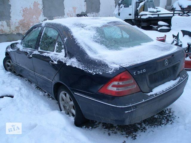 продам Б/у Детали кузова Крыло заднее Легковой Mercedes C-Class 2004 бу в Львове