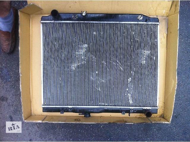 бу б/у Детали кузова  радиатор охлаждения Легковой Toyota Land Cruiser 100 2003 в Киеве