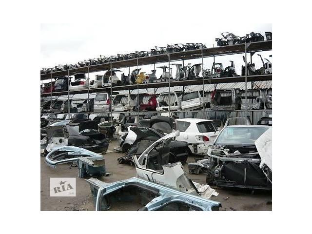 купить бу б/у Детали кузова все запчасти Легковой Toyota Avensis 1999 в Украинке (Киевской обл.)