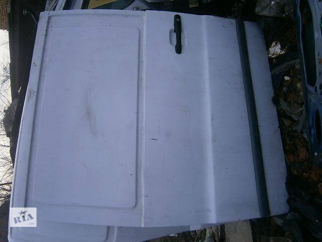 б/у Двери/багажник и компоненты Дверь боковая сдвижная Легковой Mercedes Vito Грузовой- объявление о продаже  в Калуше