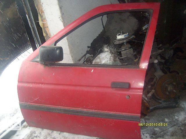 бу б/у Двери/багажник и компоненты Дверь передняя Легковой Ford Escort 1997 в Самборе