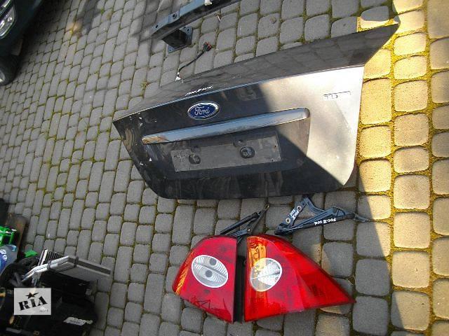 продам б/у Двери/багажник и компоненты Крышка багажника Легковой Ford Focus Седан бу в Львове
