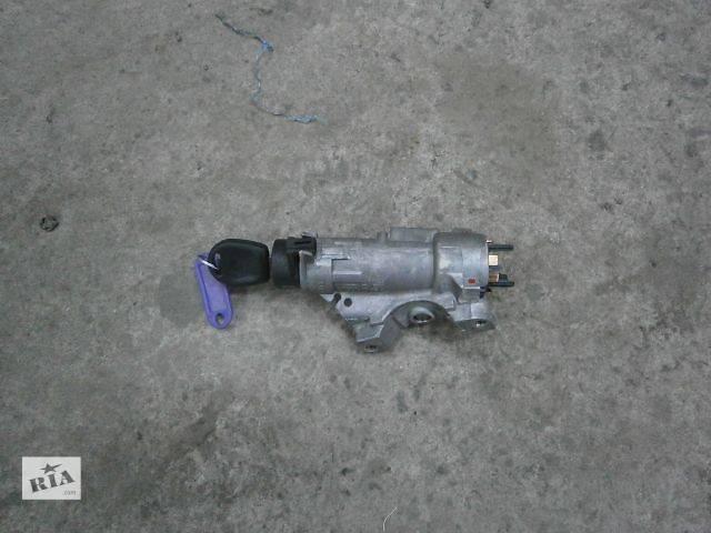 бу б/у Электрооборудование двигателя Замок зажигания/контактная группа Легковой Skoda Roomster в Луцке