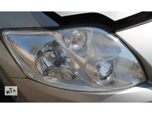 продам Б/у фара правая на Toyota Auris 2008 года бу в Киеве