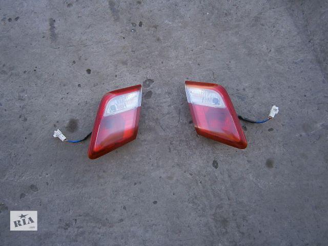 бу Б/у фонарь задний для легкового авто Toyota Camry 40 в Луцке