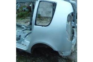б/в чверті автомобіля Skoda Roomster