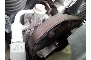 б/у Насосы гидроусилителя руля Mitsubishi L 200