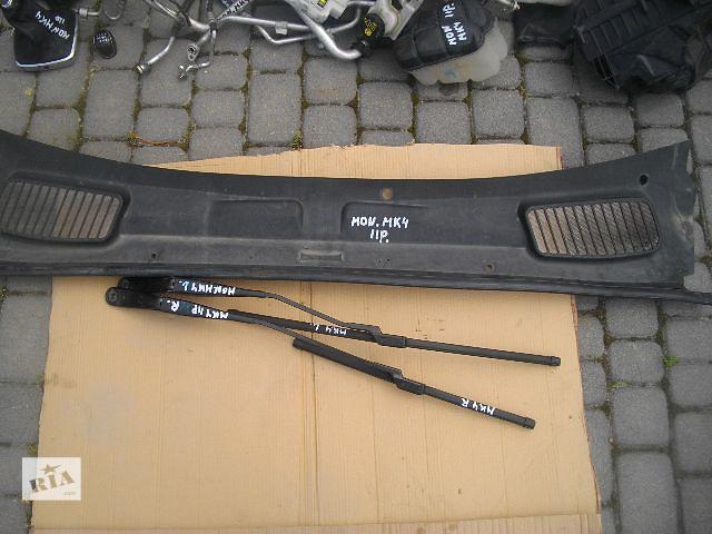 продам Б/у пластик под лобовое стекло для легкового авто Ford Mondeo 2011 бу в Львове