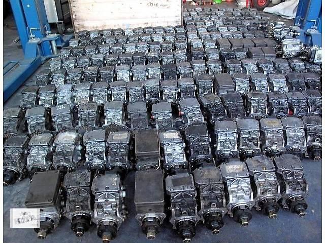 купить бу б/у Топливная система Топливный насос высокого давления/трубки/шест Легковой Mercedes C-Class в Львове
