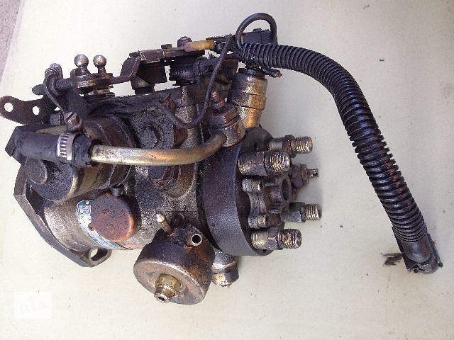 продам Б/у топливный насос высокого давления/трубки/шест для легкового авто Renault Clio (r8443b721b) бу в Луцке