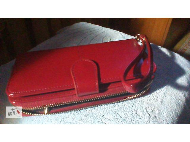 бу Пропоную дуже гарний жіночий гаманець-клатч в Черкасах