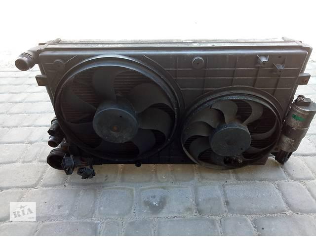 купить бу Б/у радиаторы с дифузором и вентиляторами Volksvagen Golf IV в Костополе