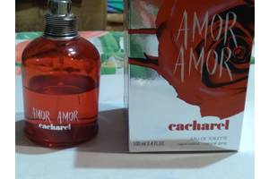 AMOR AMOR Cacharel (Made in France) Залишилося половина флакона