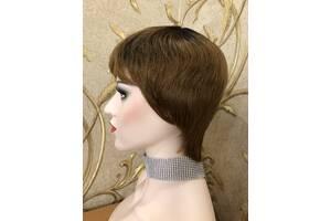 Короткий натуральний волосся, перуку з відрослими корінням, омбре