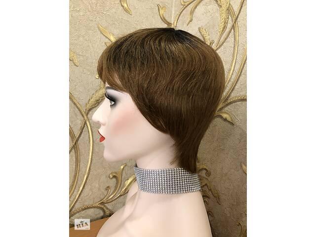 продам Короткий натуральний волосся, перуку з відрослими корінням, омбре бу в Киеве