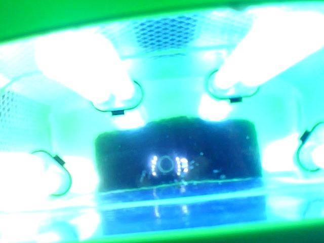 Продам UV лампу для сушки маникюра/ педикюра гель лаком.- объявление о продаже  в Николаеве