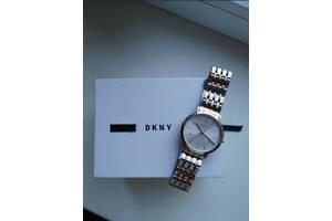 Женские часы dkny. Оригинал.