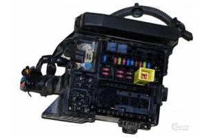 б/у Блоки предохранителей Mitsubishi Lancer