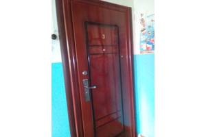 б/в Металеві двері Двери Украины