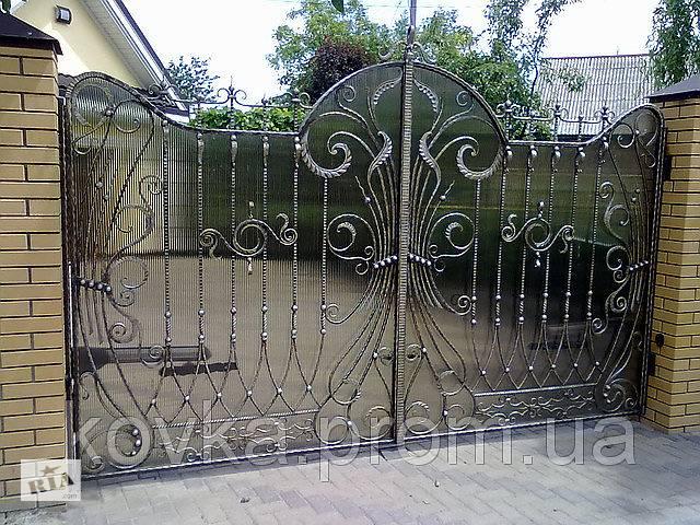 Ворота кованые с поликарбонатом- объявление о продаже  в Ладыжине