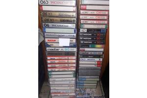 Аудіокасета, касета китайська. багато.