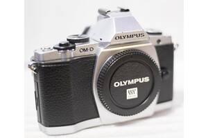 Бездзеркалка Olympus OM-D E-M5 M5 16.1Mpx ( 14-42 \ 40-150 )