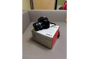 Фотоаппарат  Canon1000 D